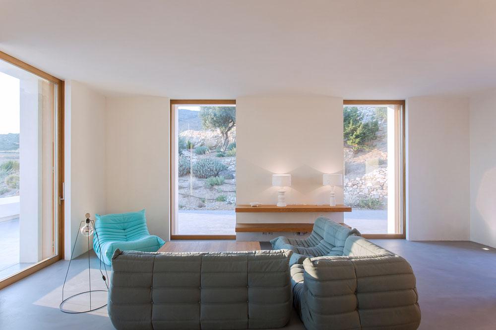 white-cubical-villa-project-studio265-15