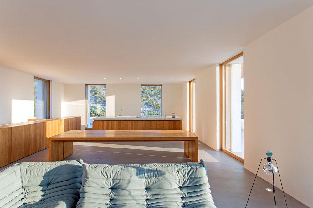 white-cubical-villa-project-studio265-16