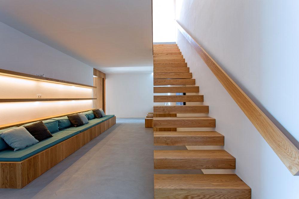 white-cubical-villa-project-studio265-17
