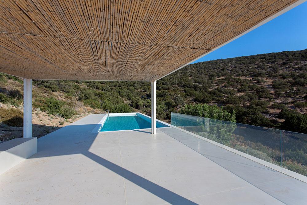 white-cubical-villa-project-studio265-20