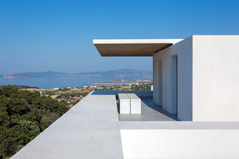 white-cubical-villa-project-studio265-3