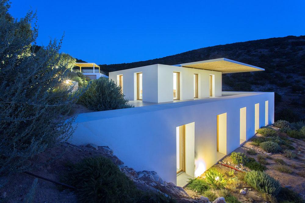 white-cubical-villa-project-studio265-7